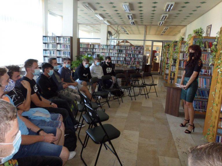 Informatívna výchova – študenti zo Strednej odbornej školy